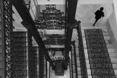 Türkiye'nin ilk elektrikli asansörü ve ilk sıcak suyun bulunduğu bina; Pera Palas...