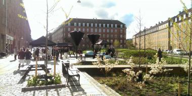 Danimarka'nın başkenti Kopenhag ise 2011 ve 2014 yıllarında iki büyük sel felaketi yaşadı. Sağanak yağışlara daha uzun yıllarca ev sahipliği yapacağı bir gelecek var Kopenhag'ın önünde.